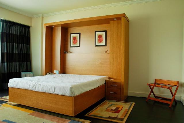 Giường gấp âm tường kèm tủ kệ trang trí 1,4m x 2m