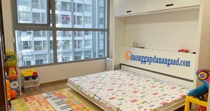 giường gấp dọc sát tường