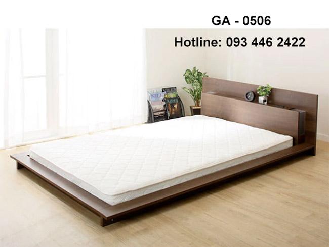 Giường ngủ sàn nhà kết hợp kệ đèn ngủ GA - 0506