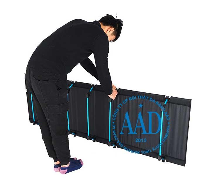 thao tác tháo lắp chân giường