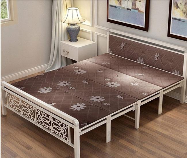 giường sắt gấp xếp tại Hà Nội