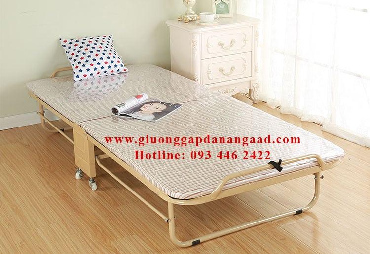 giuong-nem-gap-co-banh-xe