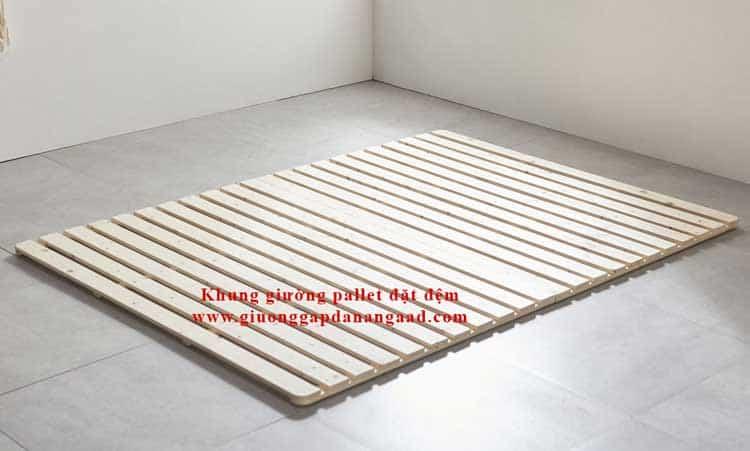 khung giường pallet đặt đệm