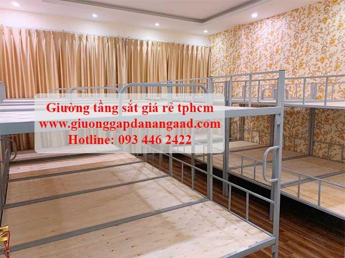 giường sắt 2 tầng tphcm