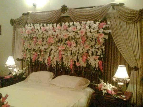 phòng ngủ trang trí hoa