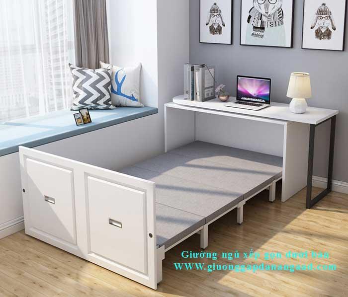 giường ngủ gấp ngang bên dưới dàn